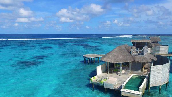 Laamu_Water_Villa_with_Pool_Aerial_view_[6656-ORIGINAL]