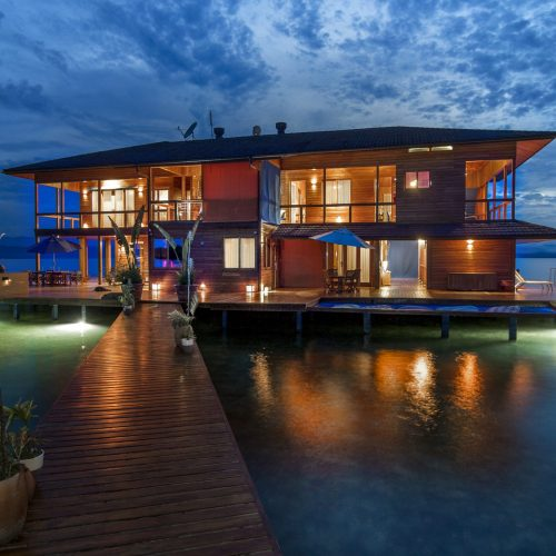 Sweet Bocas - Mahalo Surf Experience Luxury Surf Retreat.