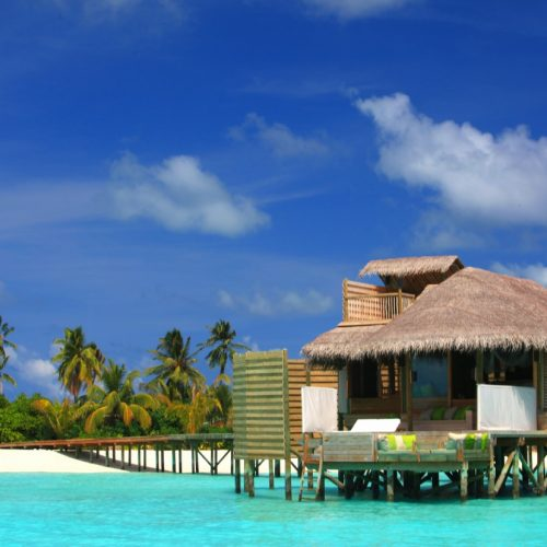 Six Senses Laamu - Water villa - Mahalo Surf Experience